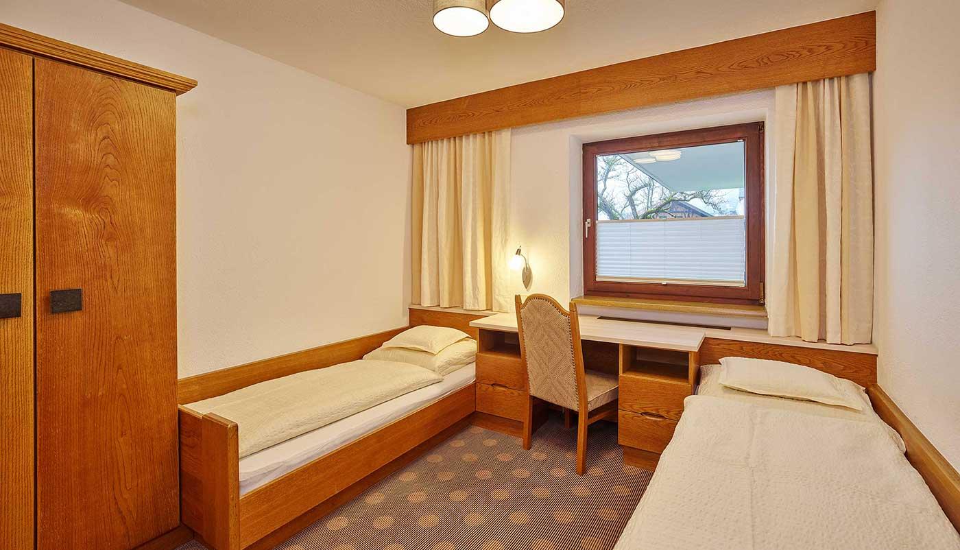 einbettzimmer01